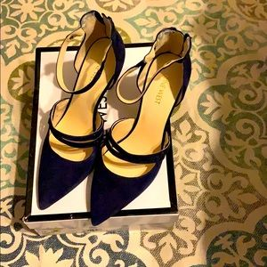 Beautiful Navy Blue Heels 👠 ❤️❤️